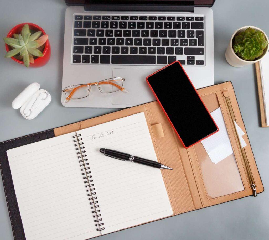 Jak wybrać ciekawe gadżety reklamowe dla klientów i pracowników?